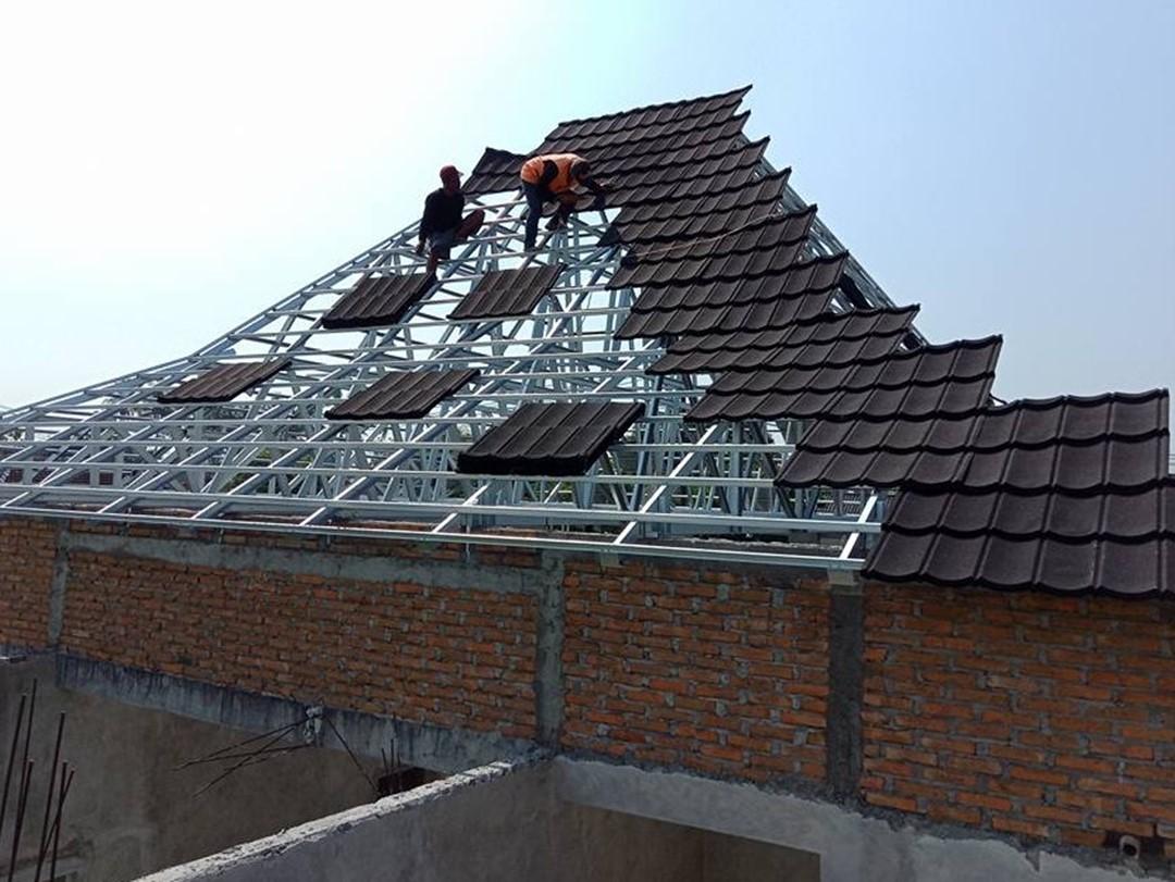 Mengadopsi Atap Rumah Joglo untuk Hunian Modern Pakai Material Baja Ringan